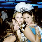 new-years-eve-party-girls-381